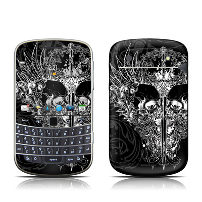 BlackBerry Bold 9930 Skin - Darkside