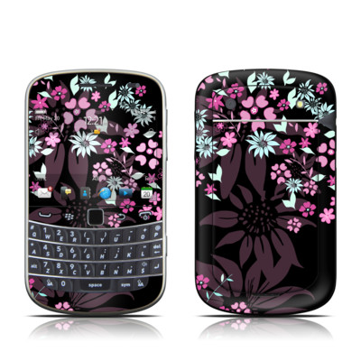 BlackBerry Bold 9930 Skin - Dark Flowers