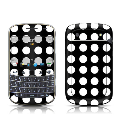 BlackBerry Bold 9930 Skin - Dot Riot