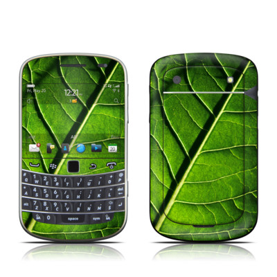 BlackBerry Bold 9930 Skin - Green Leaf