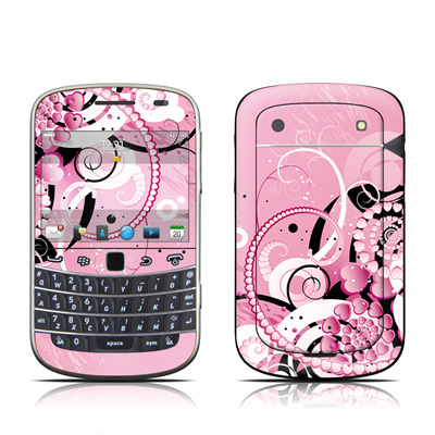 BlackBerry Bold 9930 Skin - Her Abstraction