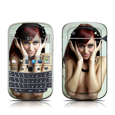 BlackBerry Bold 9930 Skin - Headphones