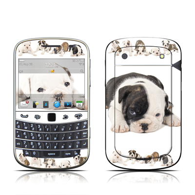 BlackBerry Bold 9930 Skin - Lazy Days