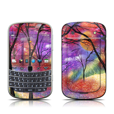 BlackBerry Bold 9930 Skin - Moon Meadow