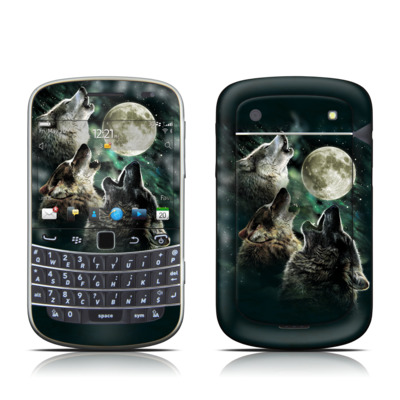 BlackBerry Bold 9930 Skin - Three Wolf Moon