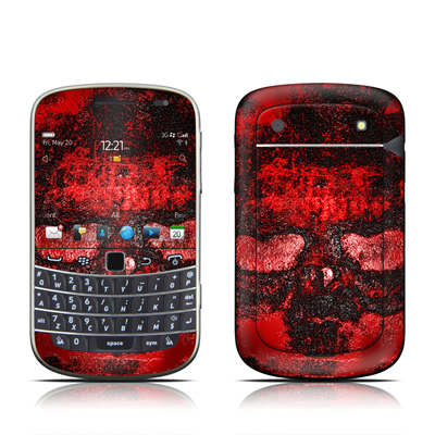 BlackBerry Bold 9930 Skin - War II