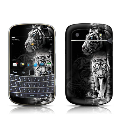 BlackBerry Bold 9930 Skin - White Tiger