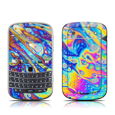 BlackBerry Bold 9930 Skin - World of Soap