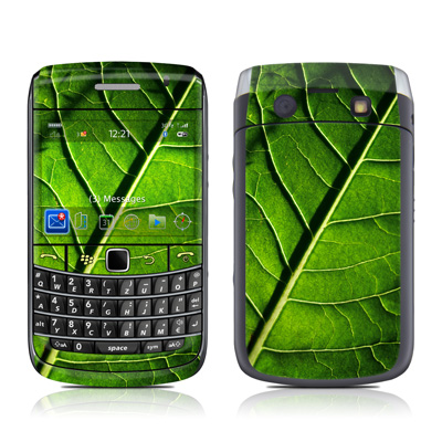 BlackBerry Bold 9700 Skin - Green Leaf