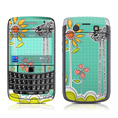 BlackBerry Bold 9700 Skin - Little Chicken