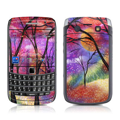 BlackBerry Bold 9700 Skin - Moon Meadow