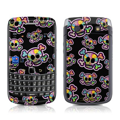 BlackBerry Bold 9700 Skin - Peace Skulls
