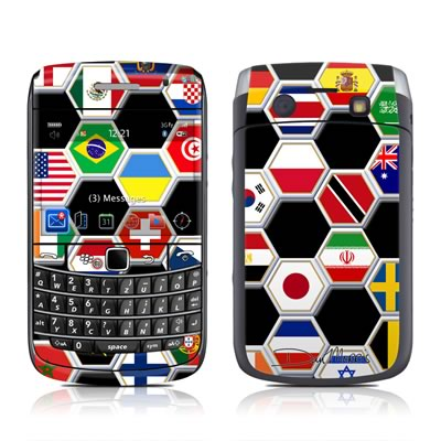 BlackBerry Bold 9700 Skin - Soccer Flags