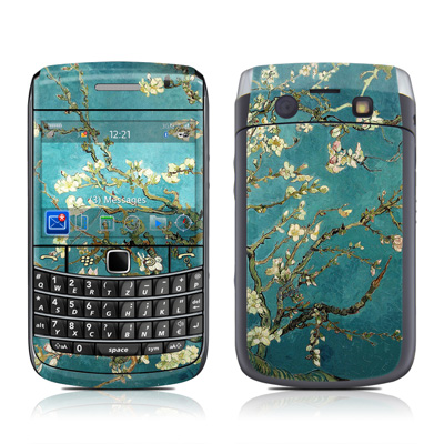 BlackBerry Bold 9700 Skin - Blossoming Almond Tree