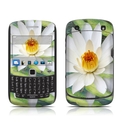 BlackBerry Curve 9300 Series Skin - Liquid Bloom
