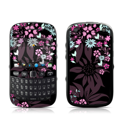 BlackBerry Curve 9320 Skin - Dark Flowers