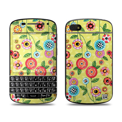BlackBerry Q10 Skin - Button Flowers