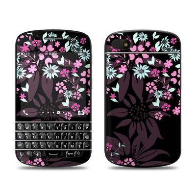 BlackBerry Q10 Skin - Dark Flowers