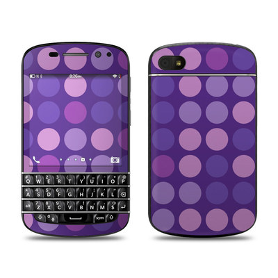 BlackBerry Q10 Skin - Big Dots Purple