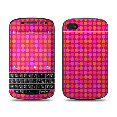 BlackBerry Q10 Skin - Dots Pink