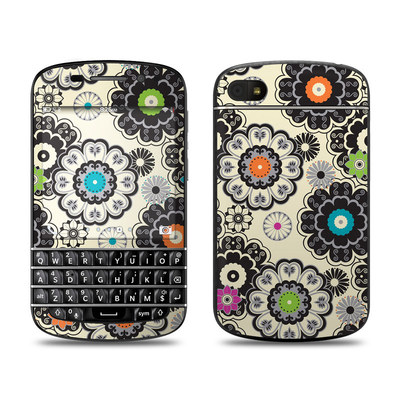BlackBerry Q10 Skin - Nadira