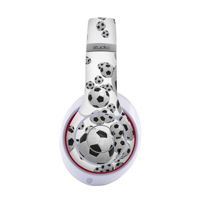 Beats by Dre Studio 2013 Skin - Lots of Soccer Balls