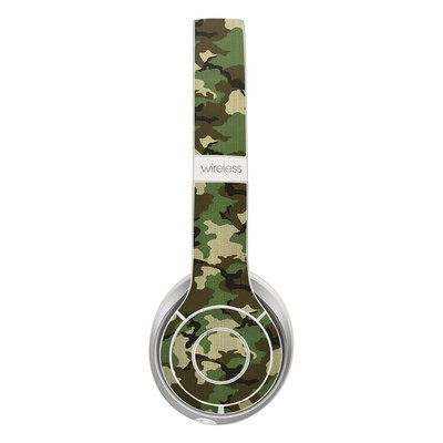 Beats Solo 2 Wireless Skin - Woodland Camo