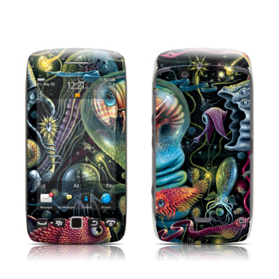 BlackBerry Torch 9850-9860 Skin - Creatures