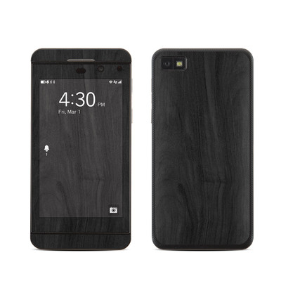 BlackBerry Z10 Skin - Black Woodgrain