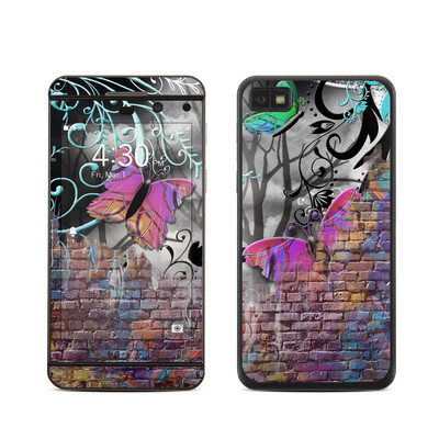BlackBerry Z10 Skin - Butterfly Wall