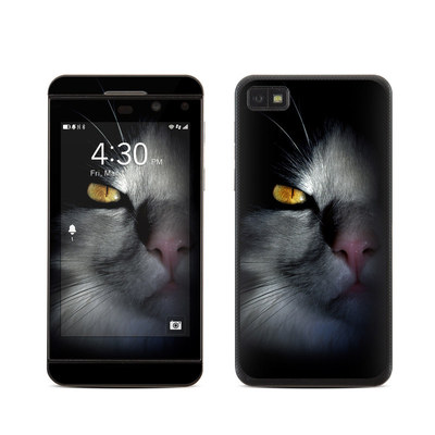 BlackBerry Z10 Skin - Darkness