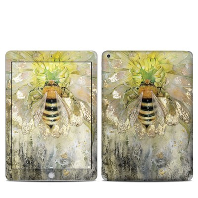 Apple iPad 5th Gen Skin - Honey Bee