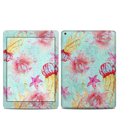 Apple iPad 5th Gen Skin - Meduzas