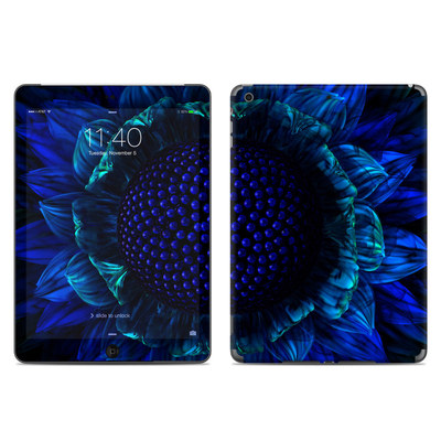 Apple iPad Air Skin - Cobalt Daisy