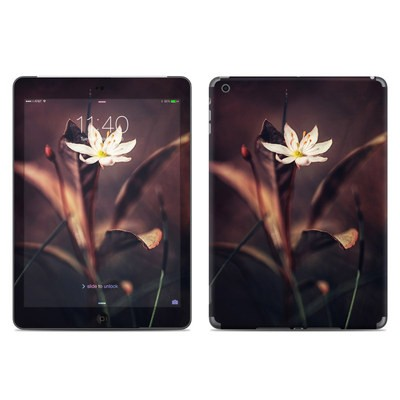 Apple iPad Air Skin - Delicate Bloom