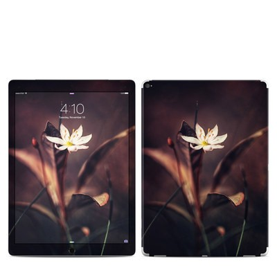 Apple iPad Pro Skin - Delicate Bloom