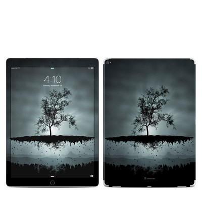 Apple iPad Pro 12.9 (1st Gen) Skin - Flying Tree Black