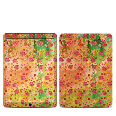 Apple iPad Pro Skin - Garden Flowers