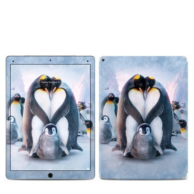 Apple iPad Pro Skin - Penguin Heart