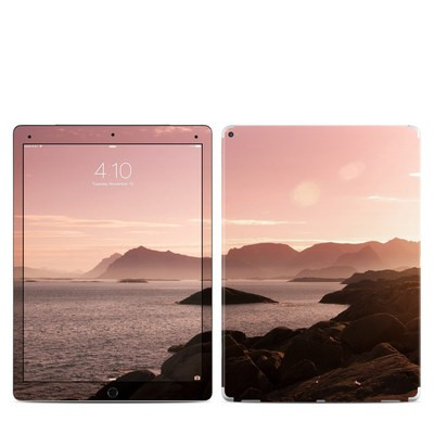 Apple iPad Pro 12.9 (1st Gen) Skin - Pink Sea