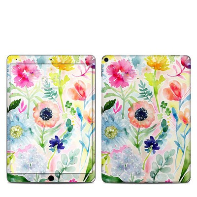 Apple iPad Pro 10.5 Skin - Loose Flowers