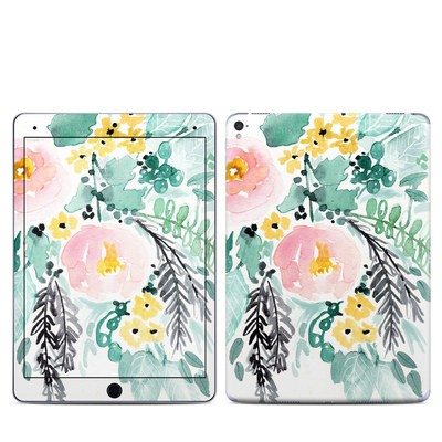 Apple iPad Pro 9.7 Skin - Blushed Flowers