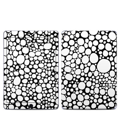 Apple iPad Pro 9.7 Skin - BW Bubbles