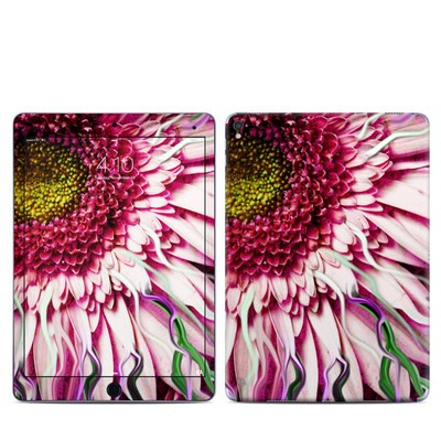 Apple iPad Pro 9.7 Skin - Crazy Daisy