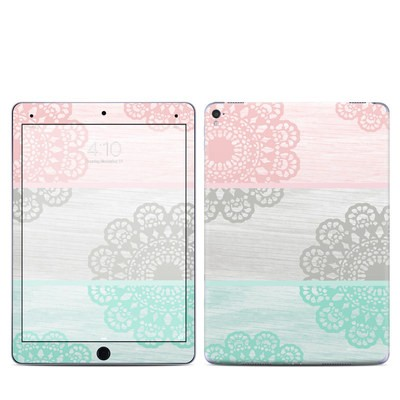 Apple iPad Pro 9.7 Skin - Doily
