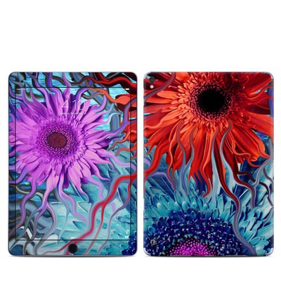 Apple iPad Pro 9.7 Skin - Deep Water Daisy Dance