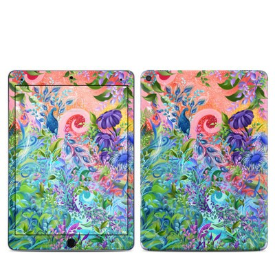 Apple iPad Pro 9.7 Skin - Fantasy Garden