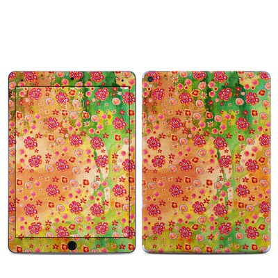 Apple iPad Pro 9.7 Skin - Garden Flowers