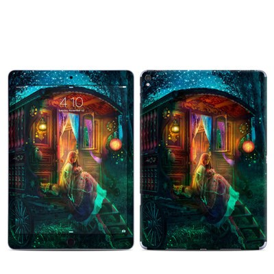 Apple iPad Pro 9.7 Skin - Gypsy Firefly
