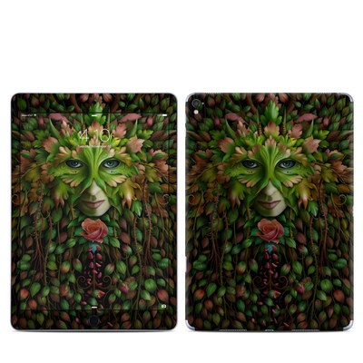 Apple iPad Pro 9.7 Skin - Green Woman